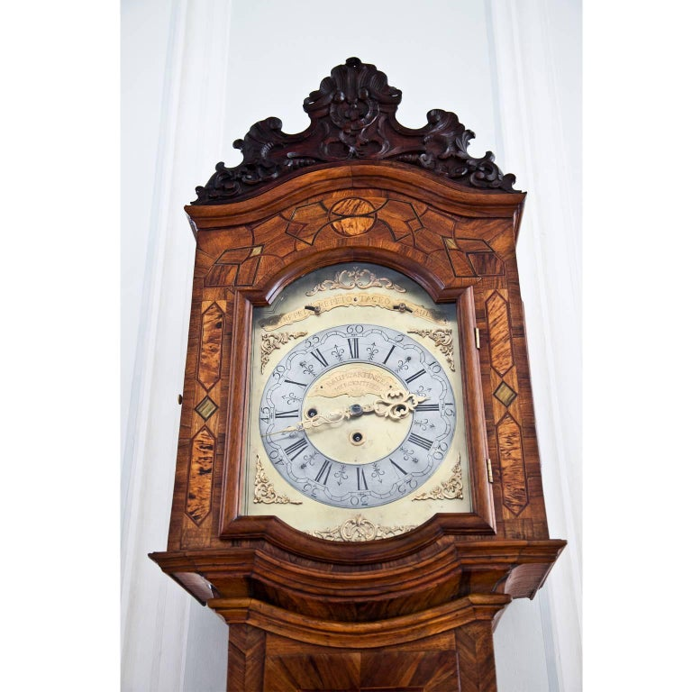 Walnut Grandfather Clock, Southern Germany 18th Century For Sale