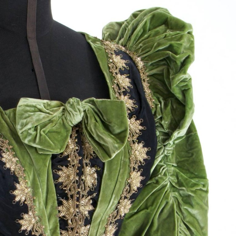 Victorian Silk and Suede Bodice, Germany, 1880s In Good Condition For Sale In Greding, DE