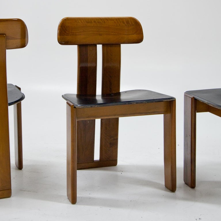 Four Chairs, Attributed to Afra & Tobia Scarpa for Maxalto, Italy, 1970s For Sale 1