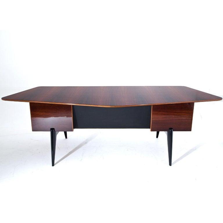 Executive Desk by Hadar Schmidt, 1950s-1960s In Good Condition For Sale In Greding, DE