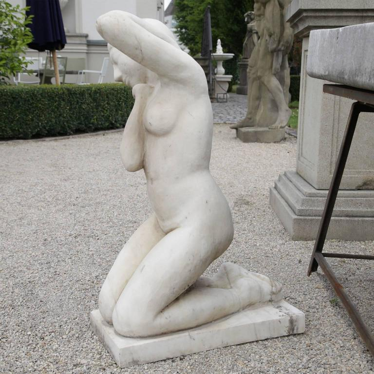 Hand-Carved Sculpture of a Woman, 20th Century For Sale