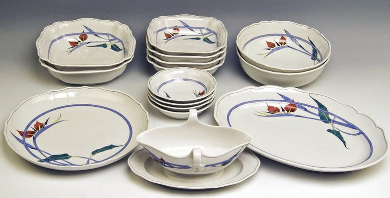 Meissen Dinner Set Decor 701701 12 Persons Paradise Flowers by Heinz Werner For Sale 1