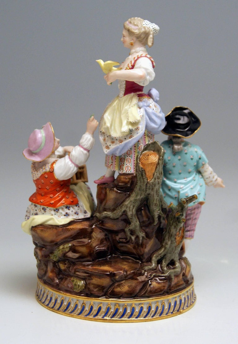 German Meissen Gardener Figurines Model F 94 Michel Victor Acier made circa 1830-1840 For Sale