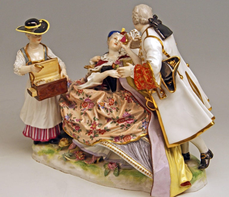 Meissen Gallant Figurines the Sale of Heart Box Model 100, Kaendler, circa 1860 2
