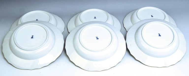 Porcelain Meissen Dinner Set Neubrandenstein Six Persons Kaendler Eberlein Made circa 1850 For Sale