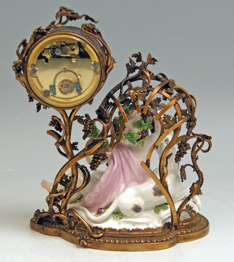 Meissen Mantel Table Clock Bronze Porcelain Autumn Fall Kaendler, circa 1745 In Excellent Condition For Sale In Vienna, AT