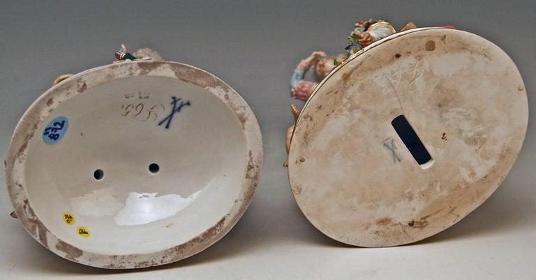 Porcelain Meissen Pair Figurines The Broken Bridge and The Broken Eggs  Michel Acier, 1860 For Sale