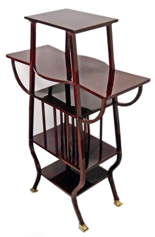 Thonet Art Nouveau Shelves Side Table Étagère Bentwood Vienna Made, circa 1900 4