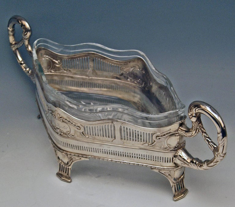 Early 20th Century Silver 800 Flower Bowl Jardiniere Austria Art Nouveau, circa 1911 For Sale