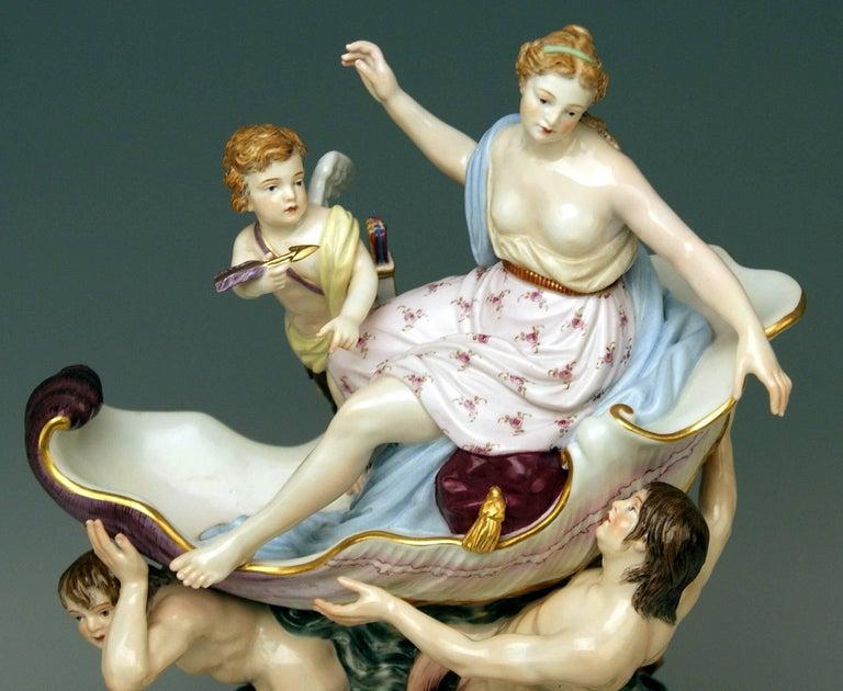Porcelain Meissen Triumph of Venus Model 127 Kaendler Kändler Johann Joachim For Sale