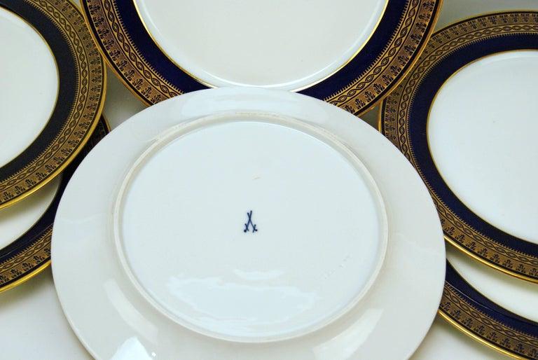 Painted Meissen Art Nouveau Dinner Set Royal Blue Gold Six Persons Hans Hentschel For Sale