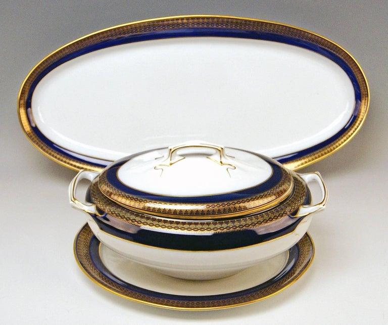Porcelain Meissen Art Nouveau Dinner Set Royal Blue Gold Six Persons Hans Hentschel For Sale