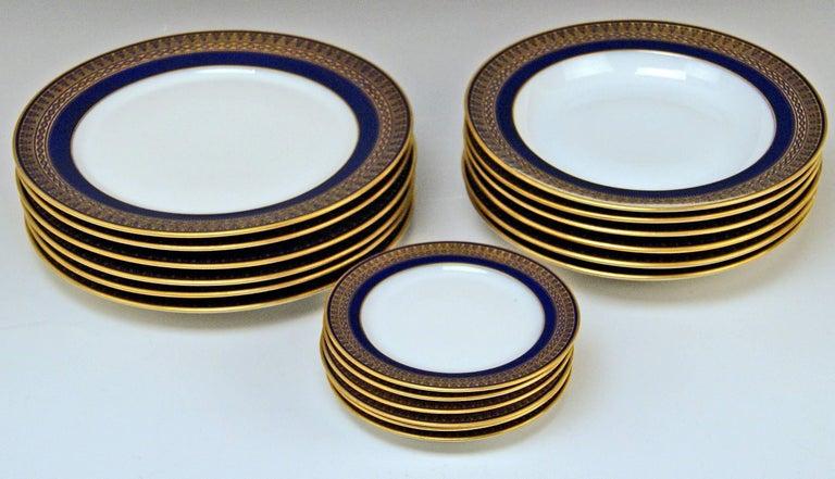 Meissen Art Nouveau Dinner Set Royal Blue Gold Six Persons Hans Hentschel For Sale 5