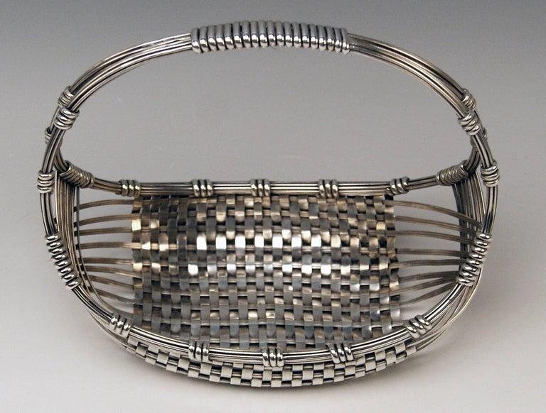 Silver Austria Vienna Art Nouveau Fruit Basket by Klinkosch, 1900 In Excellent Condition For Sale In Vienna, AT