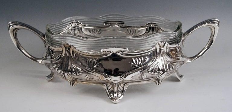 Silver Art Nouveau Flower Bowl, Germany Koch & Bergfeld, circa 1900 For Sale 3