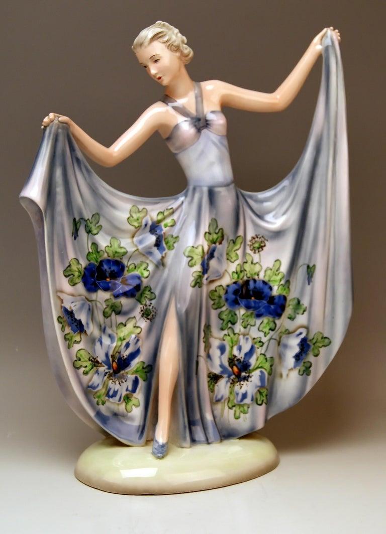 Goldscheider vienna stunning tall lady figurine: lady dancer. This model is called in German