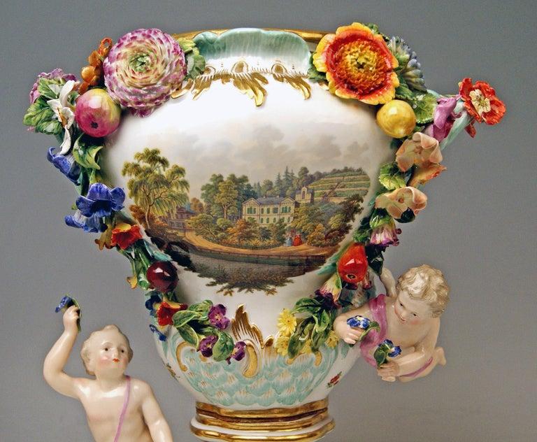 Porcelain Meissen Two Potpourri Vases 2707 Painted Pictures Cherubs Flowers Kaendler 1870 For Sale
