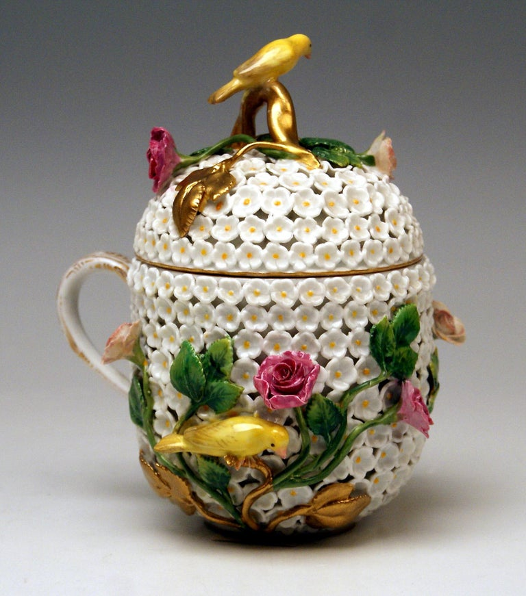 Rococo Meissen Lidded Cup with Snowball Pattern and Handle Made circa 1850 For Sale