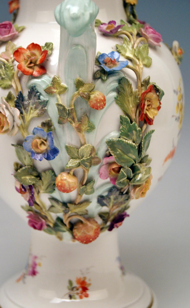 Meissen Bellied Vase Sculptured Flowers Fruits, circa 1870 In Good Condition For Sale In Vienna, AT