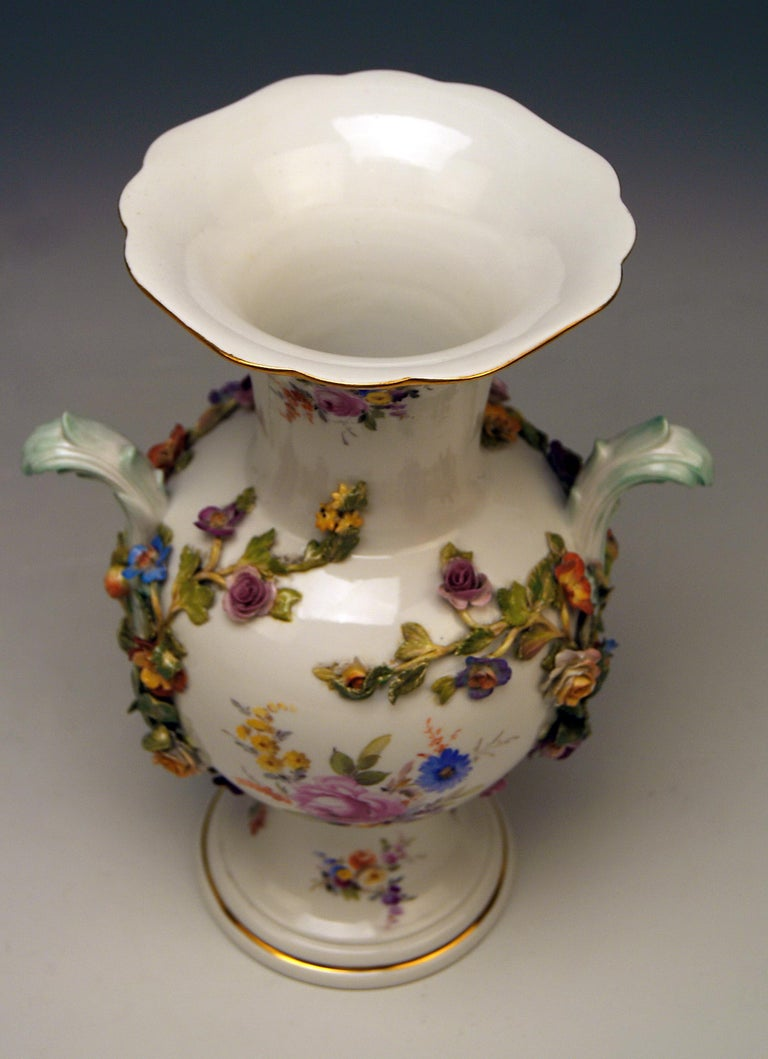 Meissen Bellied Vase Sculptured Flowers Fruits, circa 1870 For Sale 1