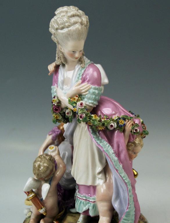 Meissen Tall Figurines Group, the Broken Eggs by Acier Model F65, circa 1870 5