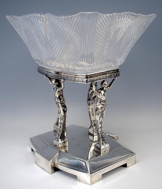Silver Antique Austrian Art Nouveau Tall Centrepiece Gorgeous Glass Bowl, c.1900 In Excellent Condition For Sale In Vienna, AT