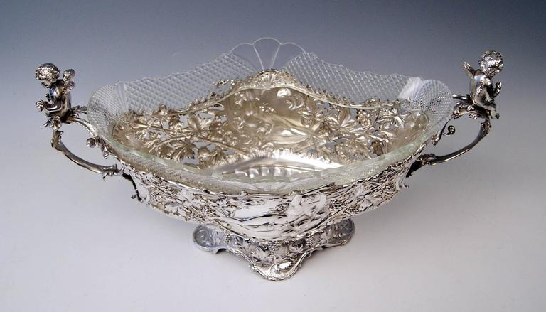 Silver Austrian Huge Flower Bowl Original Glass Karl Jedlicka Vienna, circa 1900 For Sale 3