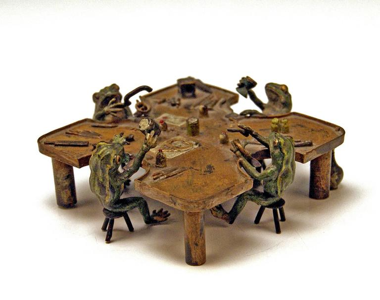 Gorgeous Vienna Bronze Figurine Group manufactured by famous manufactory Bergman(n). Made circa 1890-1900. 
