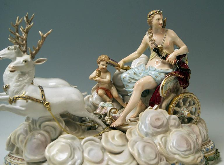Baroque Meissen Luna in Chariot on Clouds by Kaendler for Czarina Katharina, circa 1870 For Sale
