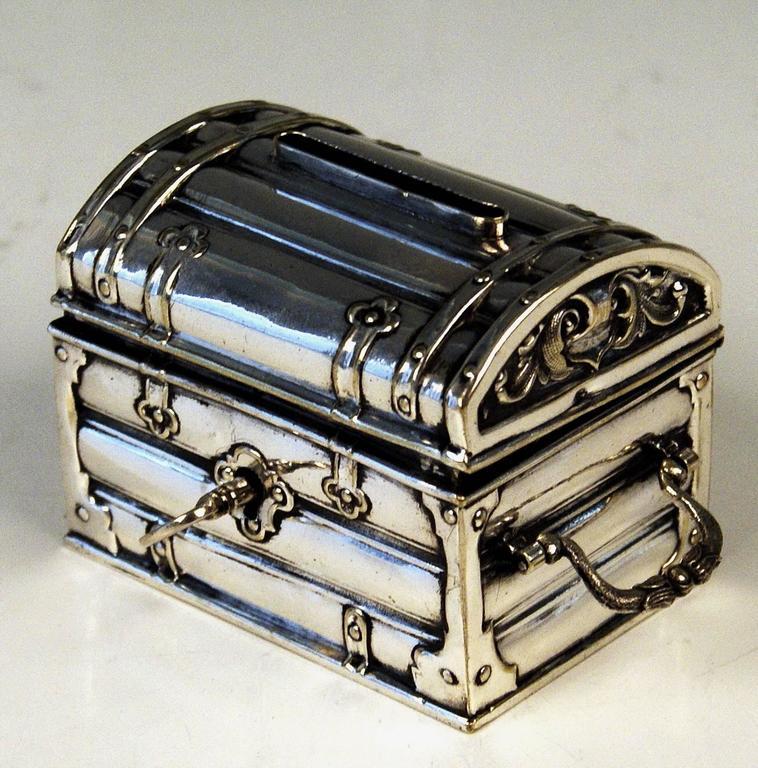 Austrian Silver Money Box Piggy Bank Treasure Chest, circa 1880-1885 In Excellent Condition In Vienna, AT