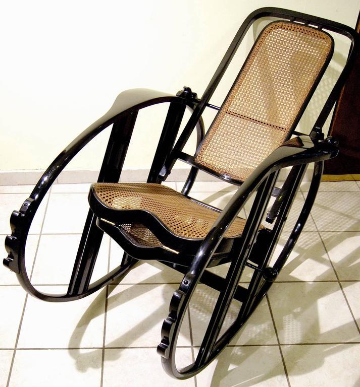 """Antonio Volpe Udine/Josef Hoffmann (Attr.) """"Egg"""" Black Rocking Chair, circa 1922 7"""
