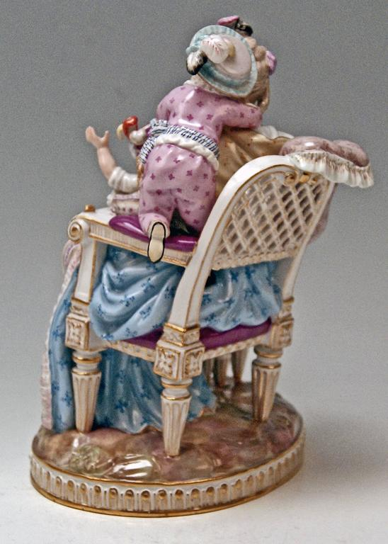 Meissen Stunning Figurine Group The Loving Mother by Michel V. Acier, circa 1870 In Excellent Condition For Sale In Vienna, AT