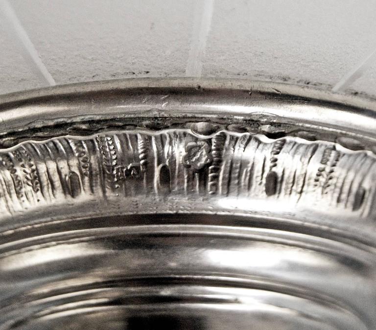 Silver Austrian Centrepiece with Cherub and Round Glass Platter Dated 11-10-1900 7