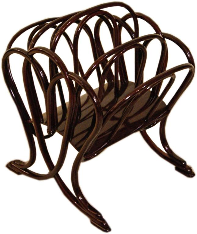Thonet Magazine Rack Stand Beechwood Mahogany Stained Model 11801, circa 1904 2