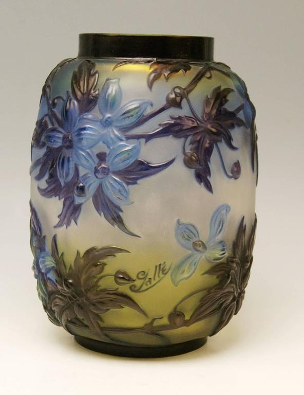 Early 20th Century Soufflé Vase Gallé Clematis Flowers Leaves Emile Galle Nancy Art Nouveau 1925 For Sale