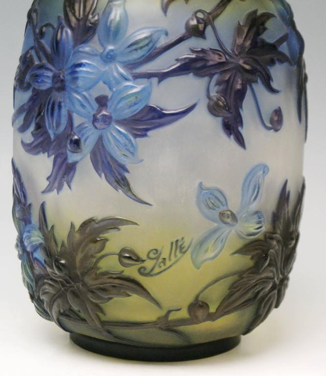 Glass Soufflé Vase Gallé Clematis Flowers Leaves Emile Galle Nancy Art Nouveau 1925 For Sale