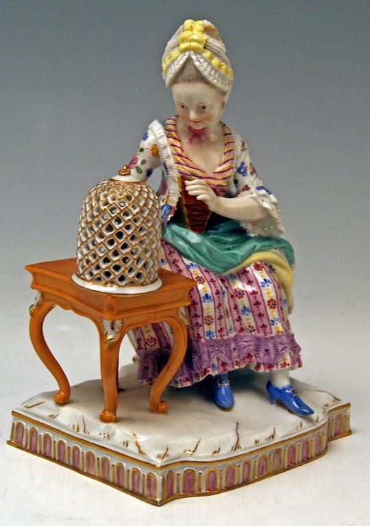 Meissen Five Senses the Feeling by Schoenheit Model E4, circa 1840-1850 2