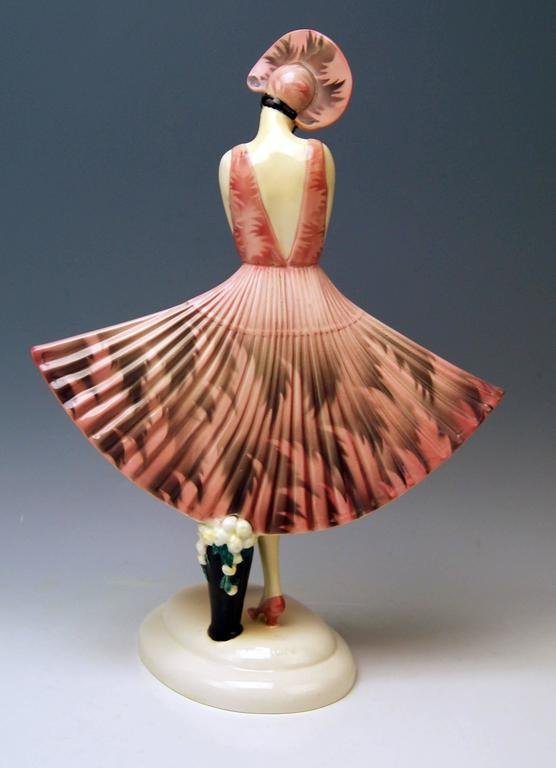 Art Deco Goldscheider Vienna Stefan Dakon Spanish Lady Dancer Fan-Shaped Dress For Sale