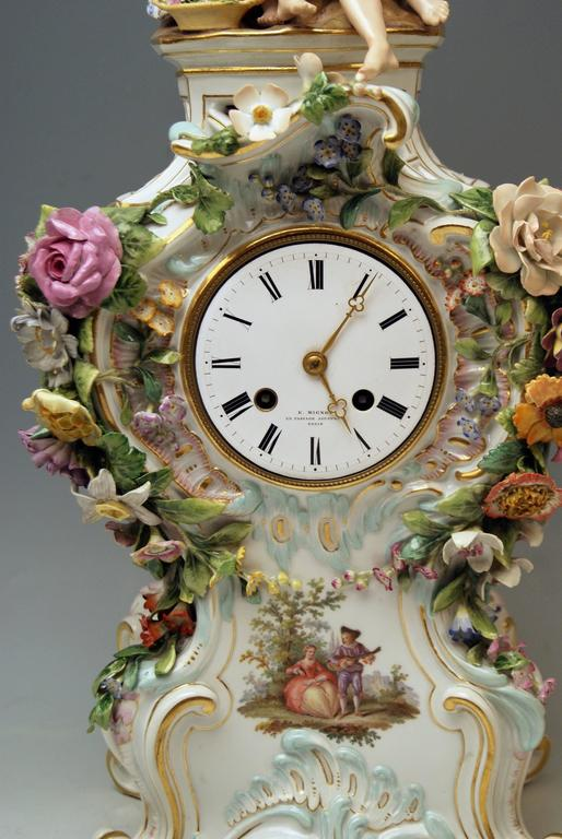 Meissen Mantle Table Clock Paintings Sculptured Figurines Flowers, circa 1860 In Excellent Condition For Sale In Vienna, AT