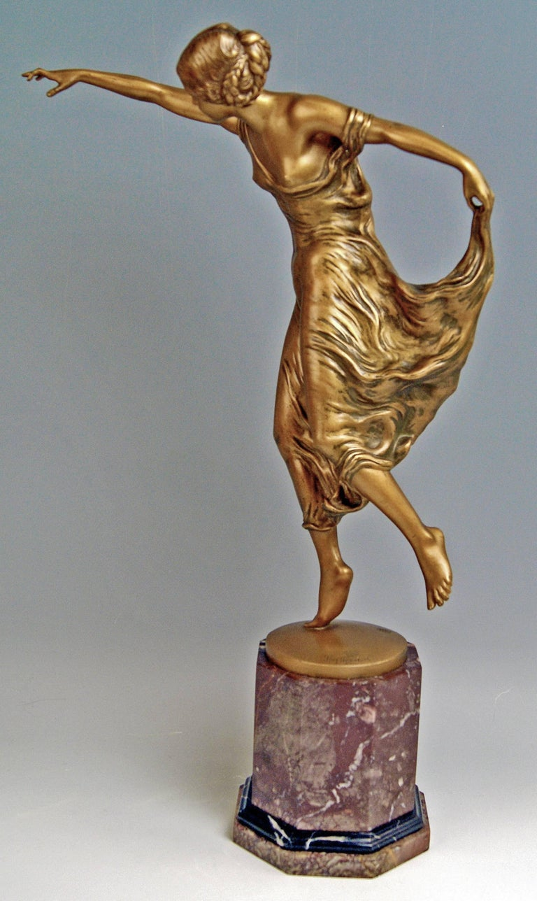 Art Nouveau Bronze Lady Dancer by Poertzel Otto, Germany Made circa 1920-1925 For Sale