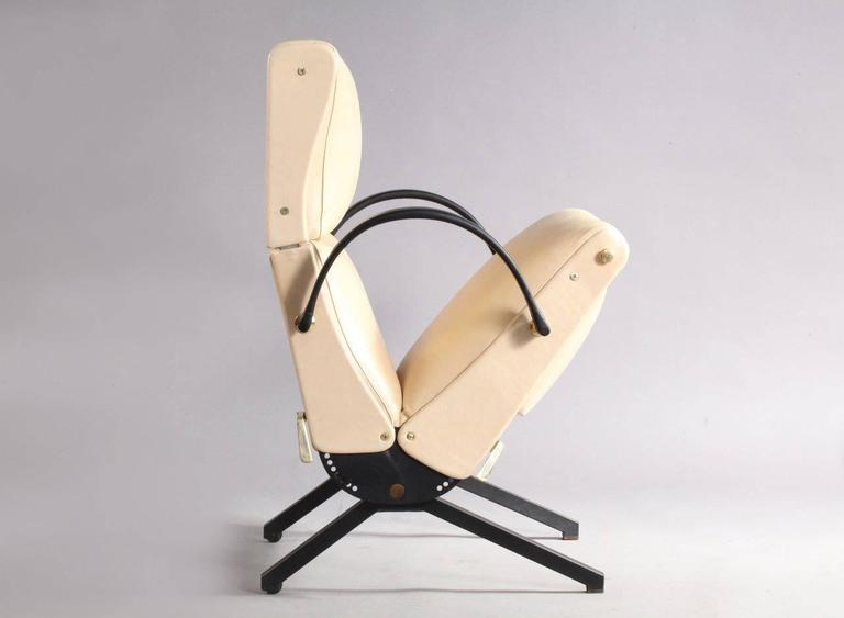 1950 Osvaldo Borsani P40 Relaxing System Leather Armchair 3