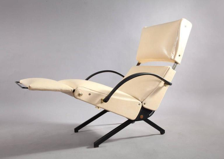 1950 Osvaldo Borsani P40 Relaxing System Leather Armchair 7