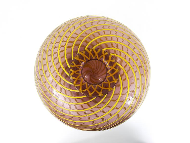 Mid-Century Modern Fratelli Toso Big Purple Murano Swirl Vase with Yellow Stripes, Italy, 1950s For Sale