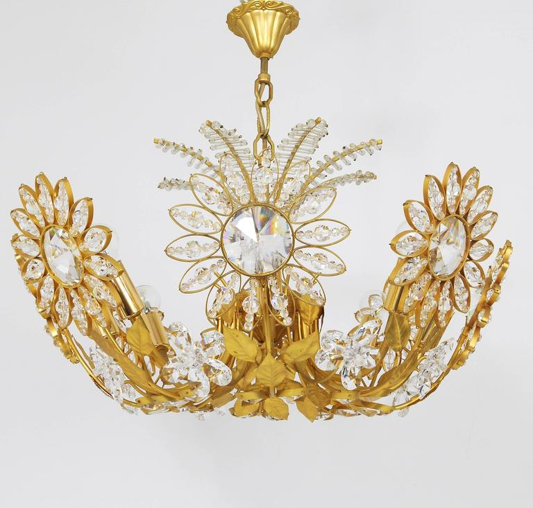 Mid-Century Modern Palwa Flower Palm Tree Chandelier, Gilt Brass and Crystals, Germany, 1970s For Sale