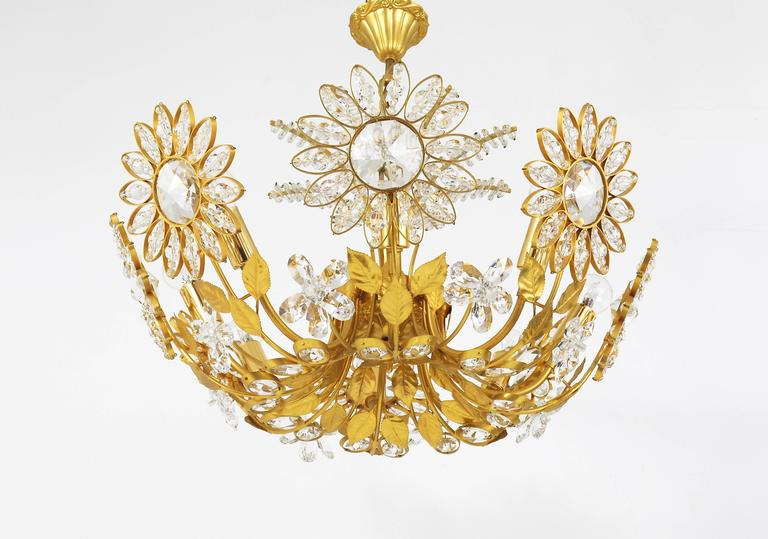 Faceted Palwa Flower Palm Tree Chandelier, Gilt Brass and Crystals, Germany, 1970s For Sale
