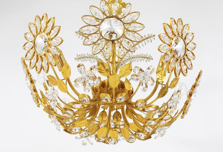 20th Century Palwa Flower Palm Tree Chandelier, Gilt Brass and Crystals, Germany, 1970s For Sale