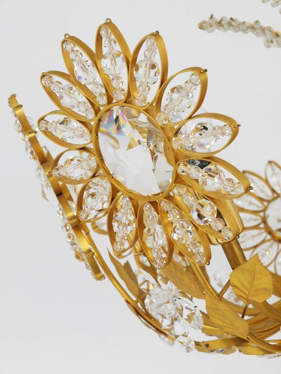 Palwa Flower Palm Tree Chandelier, Gilt Brass and Crystals, Germany, 1970s For Sale 3