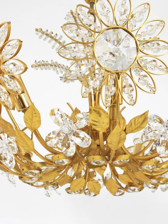Palwa Flower Palm Tree Chandelier, Gilt Brass and Crystals, Germany, 1970s For Sale 4