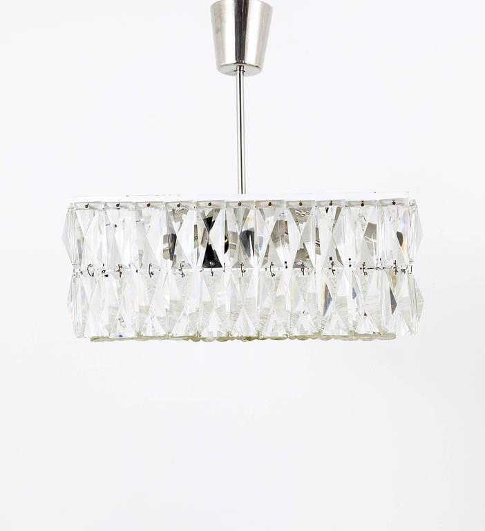 Square Bakalowits Modernist Chandelier with Faceted Crystals, Austria, 1960s In Excellent Condition For Sale In Vienna, AT