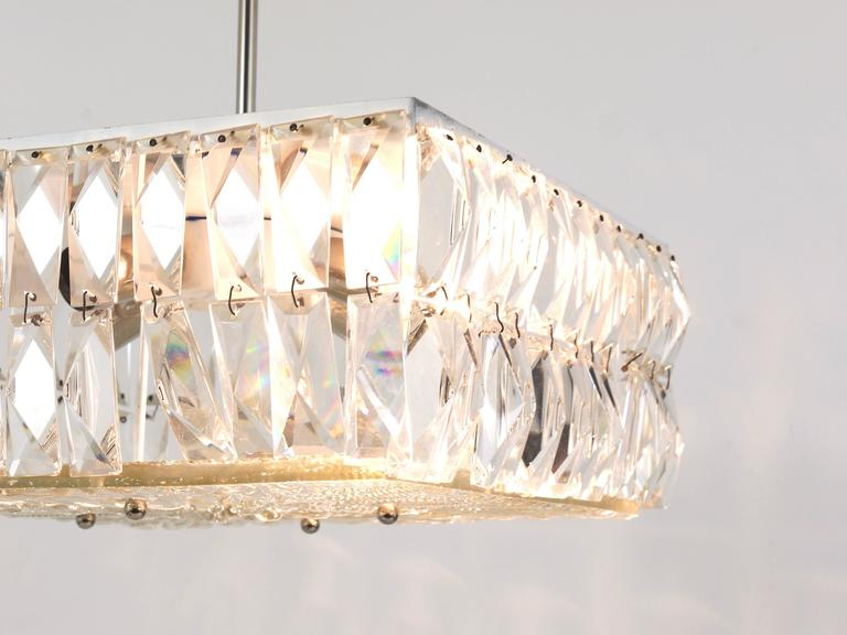 Square Bakalowits Modernist Chandelier with Faceted Crystals, Austria, 1960s For Sale 2